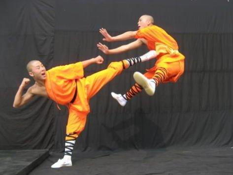 https://artesmarcialesgt.files.wordpress.com/2014/10/25d92-shaolinkungfu.jpg