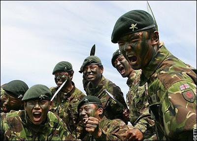 Gurkhas, Los Perros Rabiosos de la Corona Britanica