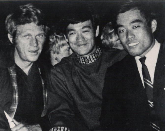 El sensei Fumio Demura inspiró a Bruce Lee y a Miyagi (Karate Kid)